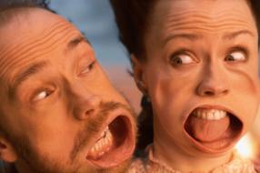 В рекламе высокоскоростного парома воссоздали сцену из «Титаника»