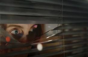 «Голодные глаза» покупателей в рекламе доставки на дом от McDonald's