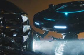 В рекламе Hyundai роботы похищают автомобиль