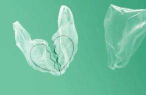 В сетях пользователи разрывают отношения с пластиковым пакетом