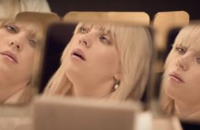 Apple демонстрирует пространственное аудио HomePods с голосом Билли Айлиш