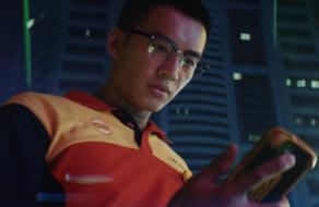 DHL выпустил ролик для фильма о Джеймсе Бонде с погонями и боевыми сценами